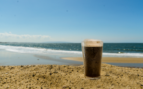 Beer Image for Oceanfront Hefeweizen provided by Alex Munoz